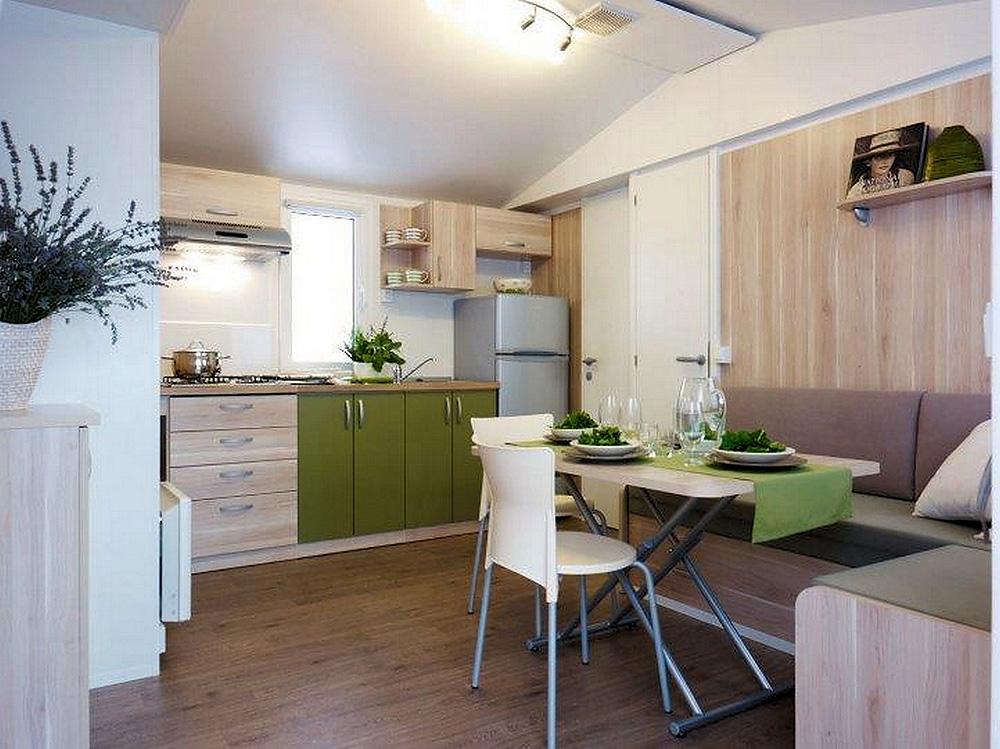 mobile home lux camping kozarica. Black Bedroom Furniture Sets. Home Design Ideas